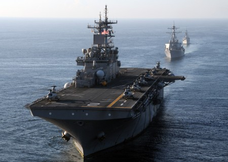 US_Navy_111120-N-RU841-414_The_multi-purpose_amphibious_assault_ship_USS_Essex_LHD_2_leads_a_formation_of_U.S._and_Indonesian_navy_ships-450x321