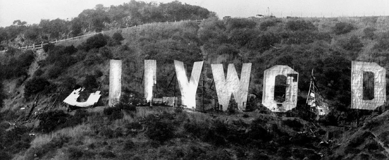 hollywood-sign-falling-down
