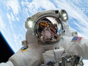 Astronaut_Mike_Hopkins_on_Dec._24_Spacewalk