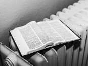 bible-1669992_960_720