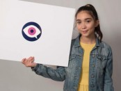 rowan-blanchard-supports-i-am-a-witness-20-512x288