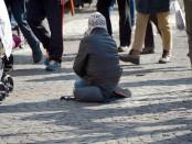 beggars-1233291_960_720