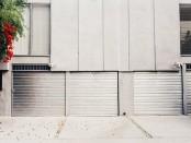 garage-doors-2631247__340