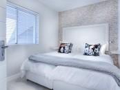 modern-minimalist-bedroom-3147893__340