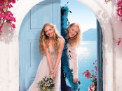 """UNIVERSAL PICTURES CELEBRATES MOMS EVERYWHERE WITH FREE MOTHER'S DAY SING-ALONG SCREENINGS OF """"MAMMA MIA! THE MOVIE"""" (PRNewsfoto/Universal Pictures)"""
