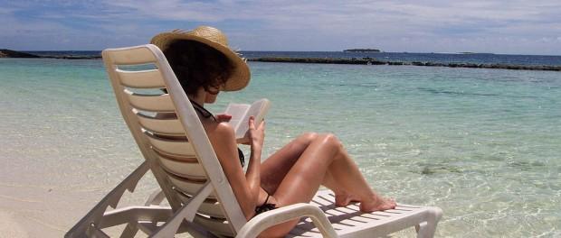 BEACH READING FREE