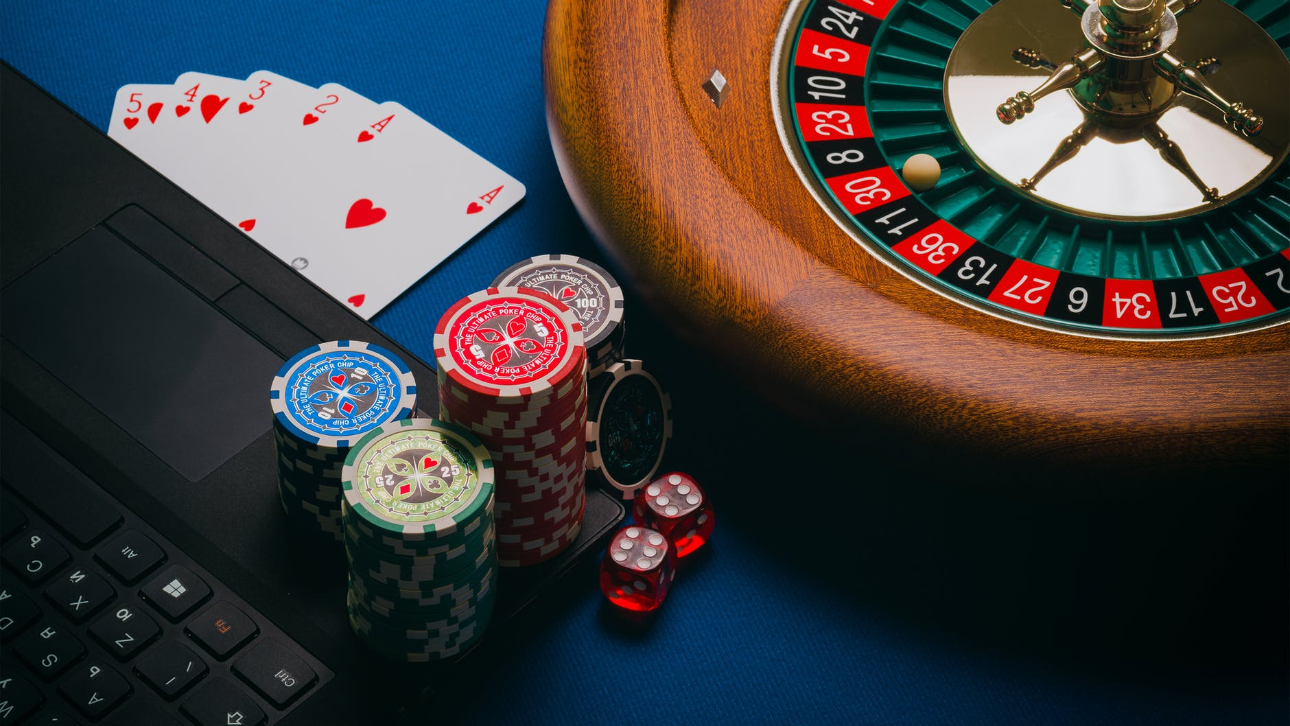 Enjoy QQ, DominoQQ & BandarQ Online For Trying Luck And Becoming A Rich  Gambler! | US Daily Review